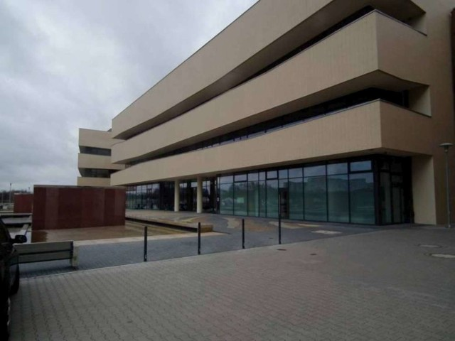U dwóch pracowników Centrum Zaawansowanych Technologii Uniwersytetu im. Adama Mickiewicza potwierdzono koronawirusa. Centrum pracuje obecnie zdalnie