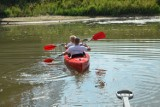 Na głogowskiej marinie można wypożyczyć kajak i rower wodny i popływać po Odrze. Sprawdź ceny