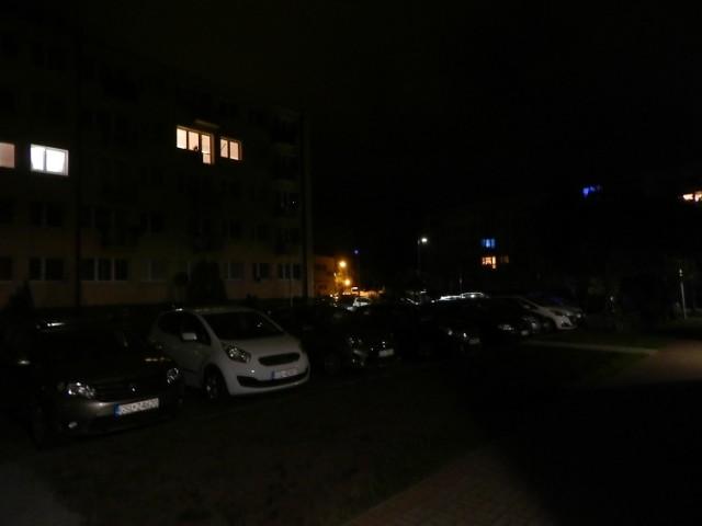 Wczoraj około godziny 23 doszło do uszkodzenia zasilającego kabla energetycznego w Ustce. Na razie nie jest znana przyczyna. Przez dwie godziny prądu nie miało około 900 odbiorców m.in. w rejonie ulicy Wróblewskiego.