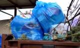 """Pomoc dla osób na kwarantannie. Mieszkanka Chodzieży pyta: """"Co z wynoszeniem śmieci?"""""""