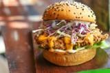 Najlepsze burgery w Warszawie 2020. Mieszkańcy stolicy wskazali 30 najlepszych miejscówek [RANKING]
