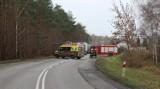 Wypadek na drodze 254 w Antoniewie. Przyczyną metalowy element, który wypadł z ciężarówki