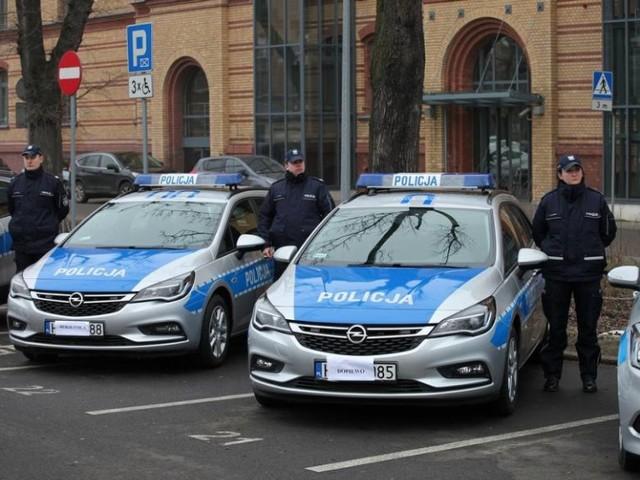 Poznańska policja wzbogaciła się o 30 nowoczesnych samochodów. Wśród nich jest BMW 330i xDrive, który ma pomóc wyeliminować piratów drogowych.