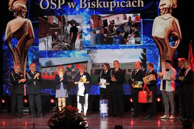 IV edycji konkursu Floriany 2020/2021 w Europejskim Centrum Matecznik Mazowsze w Otrębusach koło Warszawy.Strażacy z OSP Biskupice ze Strażackim Oskarem.