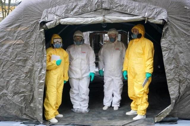 W powiecie inowrocławskim zanotowano 53 nowe przypadki zakażenia koronawirusem. Zmarły 4 osoby. Miały choroby współistniejące. Natomiast w powiecie mogileńskim stwierdzono 10 nowych zakażeń. Zmarła 1 osoba. Miała choroby współistniejące.