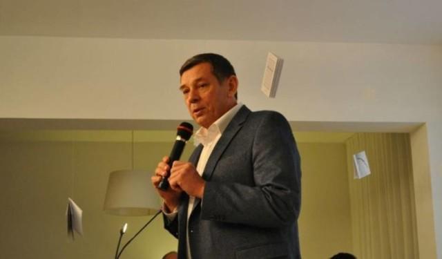 Wielu zastanawia się, kto zastąpi na stanowisku Jerzego Kondrasa, długoletniego dyrektora Biblioteki Publicznej w Śremie