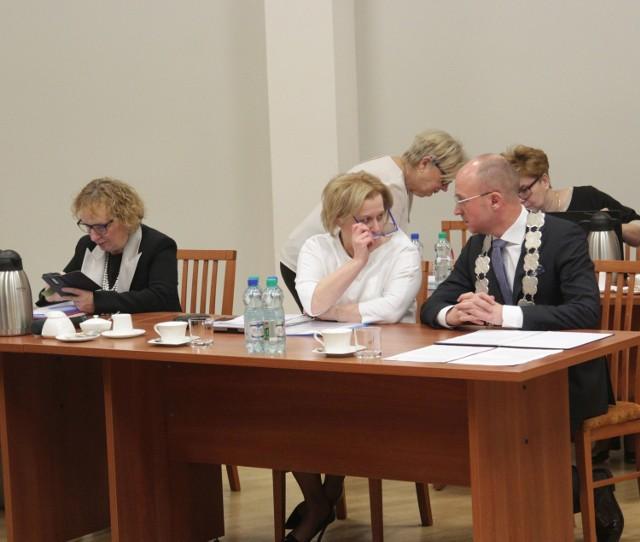 Prześwietlamy oświadczenia majątkowe za 2019 rok prezydenta Włocławka Marka Wojtkowskiego i jego zastępców