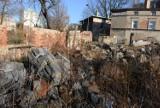 Teren LOK-u w Zielonej Górze latami popadał w ruinę. Wkrótce jednak powstaną tu apartamenty