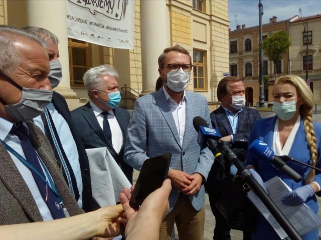 Poniedziałkowa konferencja prasowa po posiedzeniu Lubelskiego Zespołu Parlamentarnego