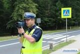 """Uwaga kierowcy! Dzisiaj policjanci w Legnicy prowadzą akcję """"Prędkość"""". Wzmożone kontrole na drogach"""