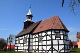 Zjawiskowy kościółek w Kalsku pod Międzyrzeczem jest w trakcie remontu. Tym razem przyszła pora na renowację dachu i murów