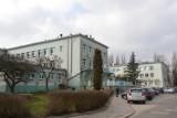 Horror w szpitalu z Zgierzu! Półnaga pacjentka na podłodze, nikt nie pomaga! ZDJĘCIA