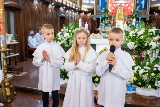Pierwsza Komunia Święta w Sanktuarium w Charłupi Małej