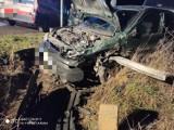 Wypadek na trasie Budzyń - Prosna. Jedna osoba trafiła do szpitala (ZDJĘCIA)