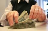 Oprocentowanie kredytu wciąż wysokie, choć spadły stopy procentowe? UOKiK i Rzecznik Finansowy patrzą bankom na ręce