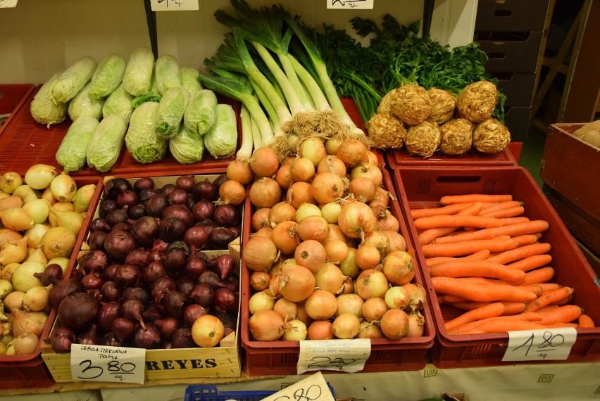 Ile kosztują warzywa i owoce na giełdzie w Białymstoku. Sprawdź, czy zmieniły się ceny [CENY 20.08.2018]