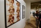 Fotografie: wielka wystawa na wrocławskim dworcu ZOBACZ