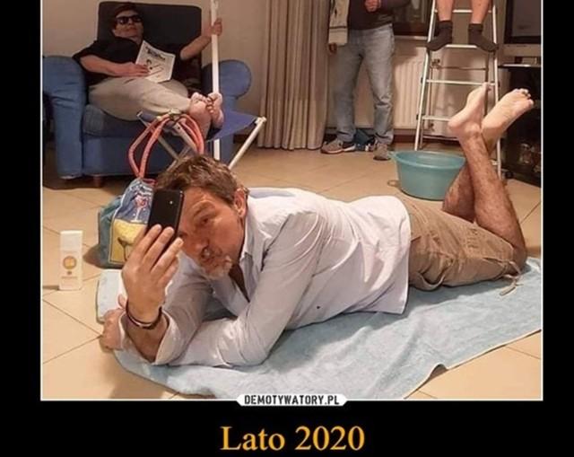 Wakacje 2020 odwołane przez koronawirusa? Zobacz memy w galerii zdjęć   Zobacz kolejne zdjęcia. Przesuwaj zdjęcia w prawo - naciśnij strzałkę lub przycisk NASTĘPNE