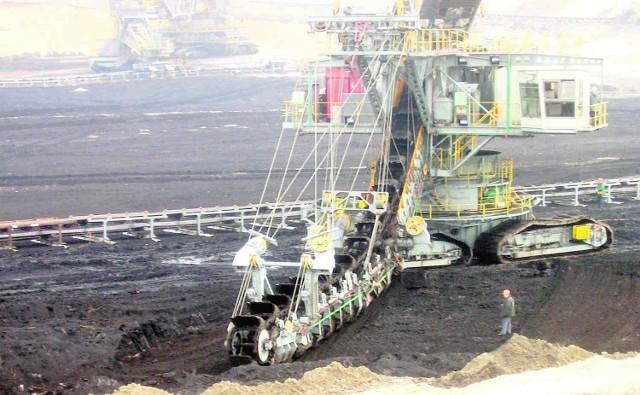 Umowa na dostawę węgla zawarta 31 grudnia 2006 roku nadal obowiązuje