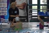 Otylia Swim Tour w Rybniku! 100 młodych pływaków szlifuje technikę pod okiem Otylii Jędrzejczak na basenie Fundacji Elektrowni Rybnik