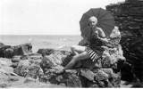 Moda plażowa retro. Takie stroje w kurortach zakładały nasze babcie i dziadkowie ZDJĘCIA