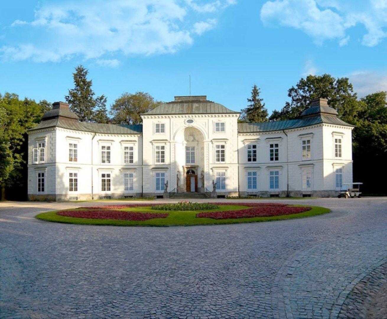 Pałac Myślewicki W łazienkach Nieczynny Do 31 Lipca