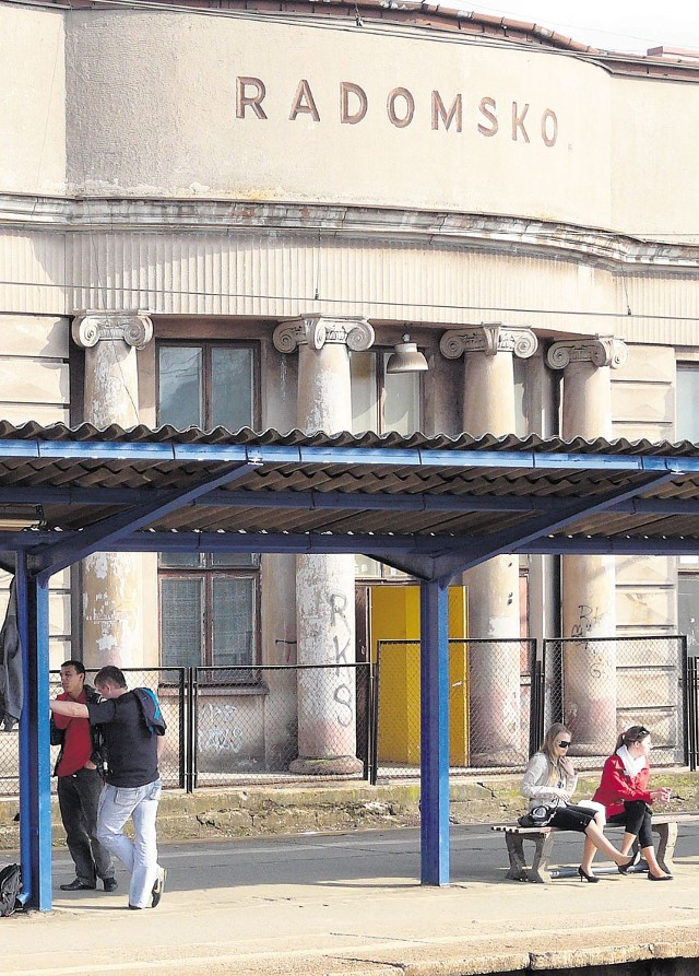 Dworzec w Radomsku przestanie straszyć podróżnych