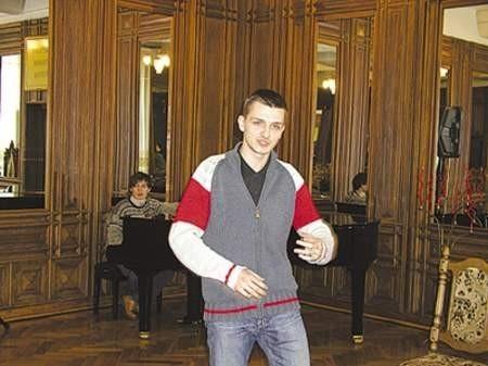 Bartosz Martyna zachwycił jurorów swoją recytacją.