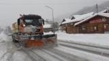 Atak zimy w Beskidach. Szczyrk, Wisła, Ustroń pod śniegiem. Warunki na drogach trudne. A tu pada, ciągle pada i końca nie widać