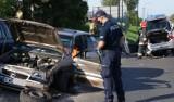 Groźna kolizja tuż przy Komendzie Powiatowej Policji w Wieruszowie ZDJĘCIA