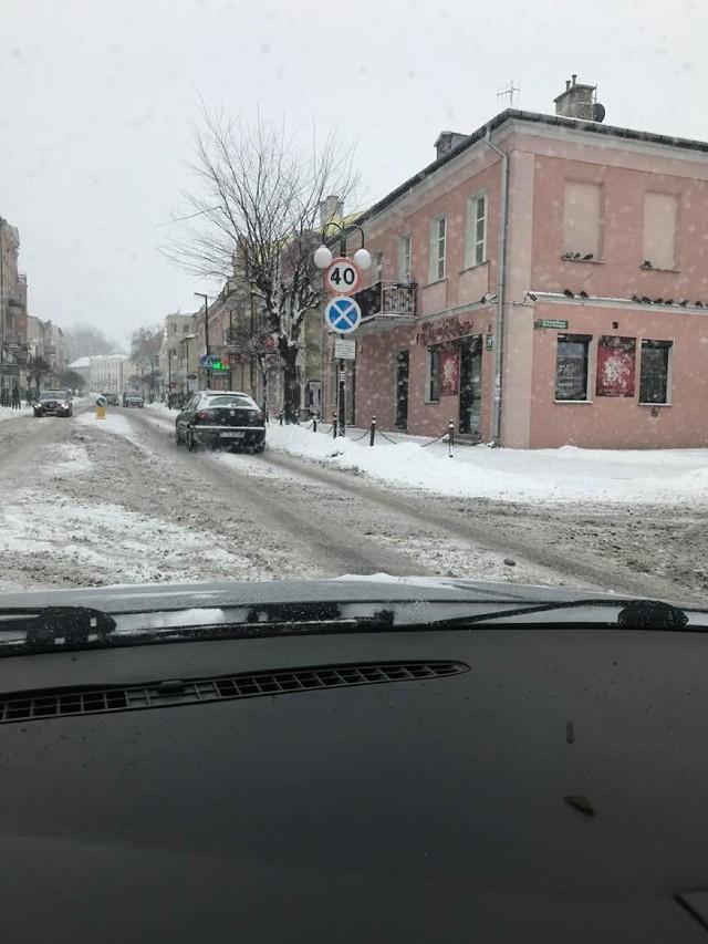 Chełm. Zima znów zaskoczyła drogowców