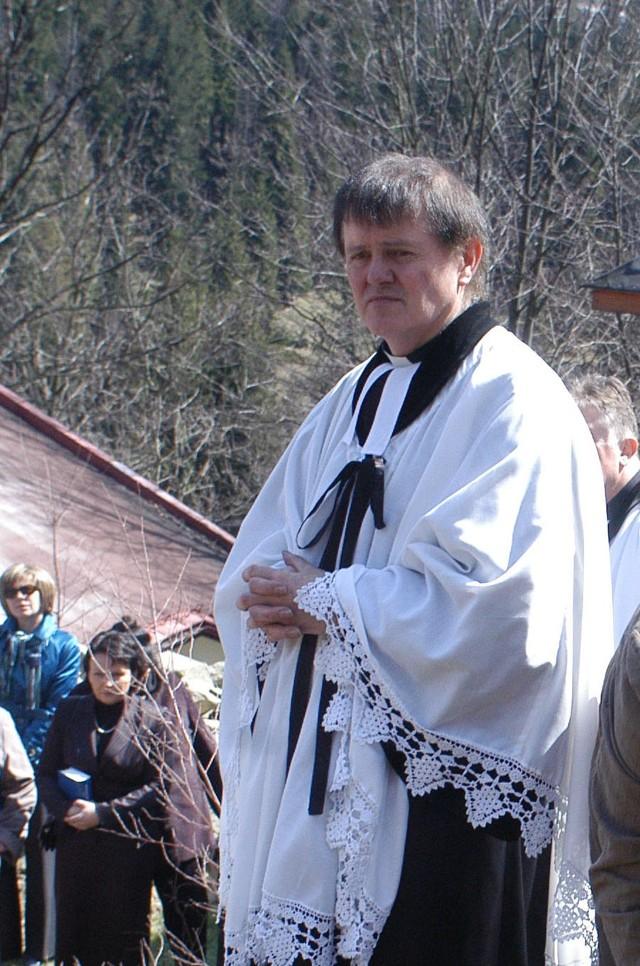 Ks.Jan Byrt, proboszcz parafii ze Szczyrku Salmopolu.