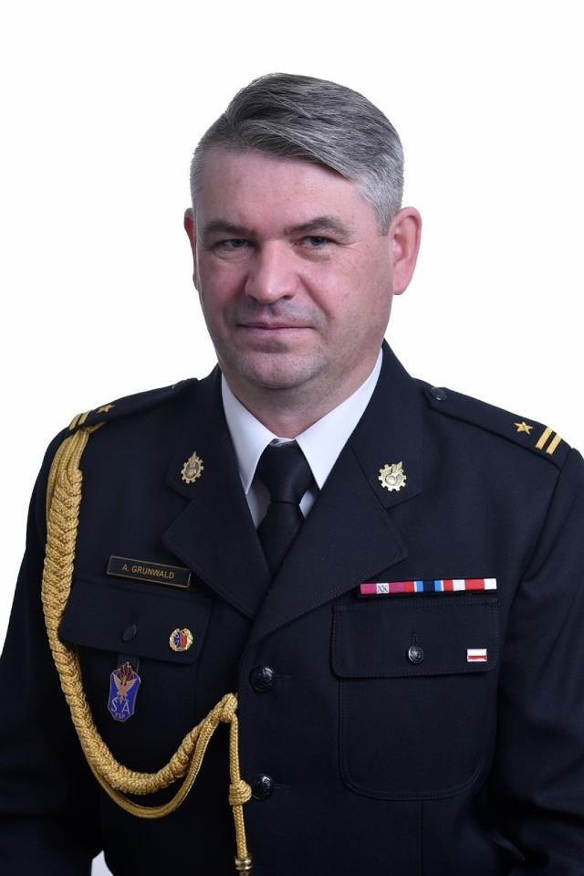 Adam Grunwald był zastępcą dowódcy JRG w Wągrowcu. Teraz został komendantem w Chodzieży.