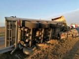 Zobacz zdjęcia z groźnie wyglądającego wypadku ciężarówki na S8