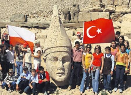 Gimnazjaliści z Siedlina dzięki programowi Comenius spędzili dwa tygodnie w Turcji. Potem pokazywali swoim rówieśnikom Polskę, foto: ZS w Siedlinie