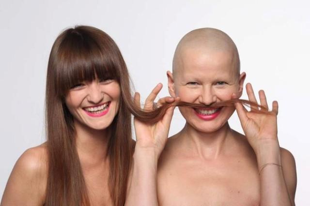 Rozpocznij przeglądanie galerii zdjęć, aby zobaczyć najlepsze kampanie społeczne dotyczące profilaktyki choroby nowotworowej