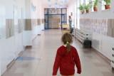 Ważne! Zmiany w programie Dobry Start. Sejm przegłosował ustawę. Chodzi o wypłaty 300 zł na każde uczące się dziecko