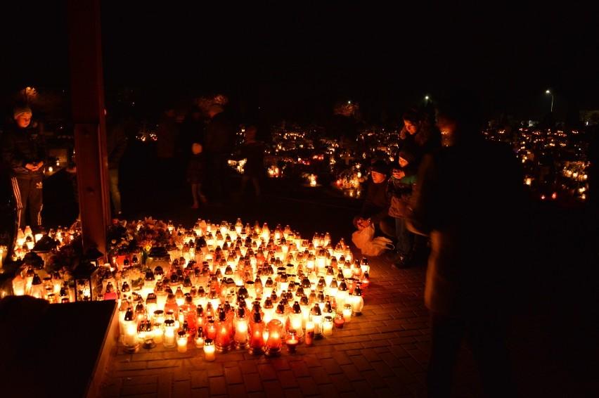 Bytów/Miastko. Odwiedzaliśmy na cmentarzach groby naszych bliskich (FOTO)