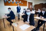 Egzamin maturalny 2021. Zdający poznali wyniki. Małopolska na podium