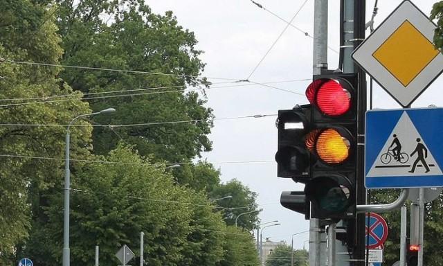 Na ulicy Toruńskiej w Łęgnowie w Bydgoszczy pojawi się nowa sygnalizacja świetlna. Pojawią się także nowe lampy na wielu ulicach w mieście.