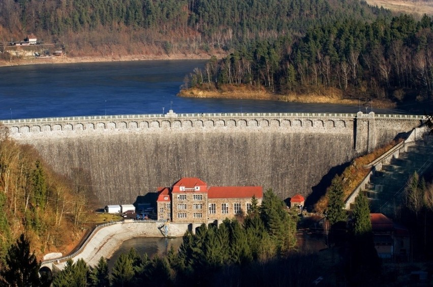 Nasz region może się pochwalić bogactwem zbiorników wodnych,...