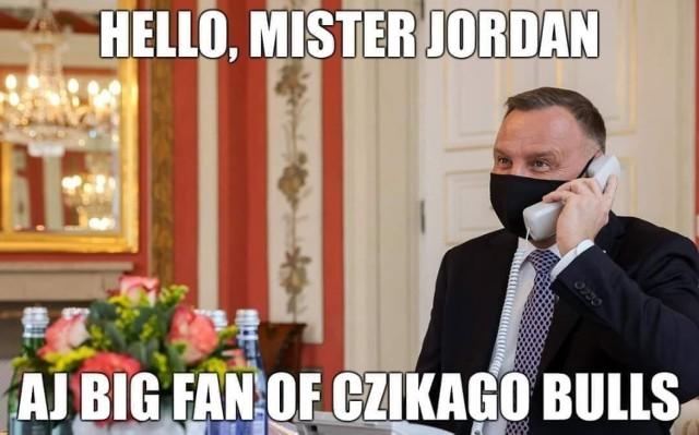 Internet komentuje telefon Andrzeja Dudy do króla Jordanii. Obejrzyj memy na kolejnych slajdach galerii.  Zobacz kolejne zdjęcia. Przesuwaj zdjęcia w prawo - naciśnij strzałkę lub przycisk NASTĘPNE
