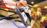 Jelenia Góra: Ukradła kartę i płaciła nią w sklepie. Łącznie wydał około 700 zł