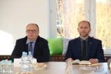 Zmiany kadrowe w Urzędzie Miasta Kraśnik. Znamy nowych dyrektorów w MPK i CKiP. Sprawdź!