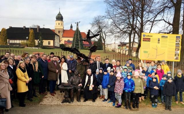 Symboliczne otwarcie zrewitalizowanej Alei ks. Michała Brzozy w Lubszy