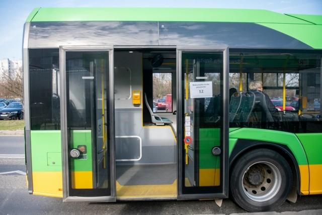 W związku ze zmianami korekcie uległy też rozkłady jazdy linii 182, 190 i 191.