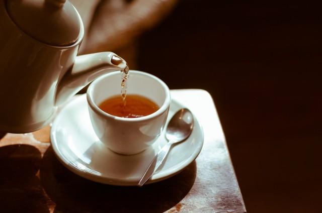 Badania wykazały, że picie każdego dnia 700 ml herbaty powyżej 60°C zwiększa prawdopodobieństwo zachorowania na raka przełyku aż o 90 procent (w porównaniu ze spożyciem takiej samej ilości tego napoju w niższej temperaturze).
