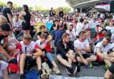 Euro 2020 w Krakowie. Tak kibicowano na meczu Polska - Słowacja. Strefy kibica pod Wawelem pełne ludzi! [ZDJĘCIA - 14.06.2021]