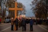 Białystok. 31. rocznica ocalenia miasta. W 1989 roku na torach przy ul. Poleskiej wykoleiły się cysterny z chlorem [ZDJĘCIA]