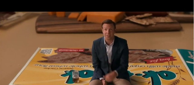 """Premiery kinowe 2018. """"Pomniejszenie"""" - premiera 12 stycznia 2018 Już 12 stycznia zobaczymy nowy film Aleksandra Payne'a. Twórca """"Schmidta"""", """"Wyborów"""" czy """"Spadkobierców"""" dał się poznać z absurdalnego humoru – i nie zabraknie go także w jego aktualnym dziele. """"Pomniejszenie"""" to futurystyczna historia, opowiadającą o przełomowym wynalazku w dziejach ludzkości, dzięki któremu można człowieka zmniejszyć do kilku centymetrów. Choć początkowo wydaje się, że rozwiąże to wszystkie problemy współczesnego świata, od przeludnienia do głodu, szybko okazuje się, mali ludzie też sprawiają sporo kłopotów. Zobaczymy to na przykładzie dwóch zupełnie odmiennych od siebie sąsiadów - fajtłapowatego Paula i przebojowego Dusana. W rolach głównych Matt Damon i Christopher Waltz."""